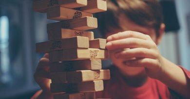 Sorpassiamo lo spettro: il gioco e le grandi domande
