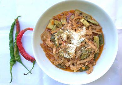 Le gustose ricette tradizionali di Gianna Nora Sersipe: trippa di vitellino al sugo con zucchine trifolate